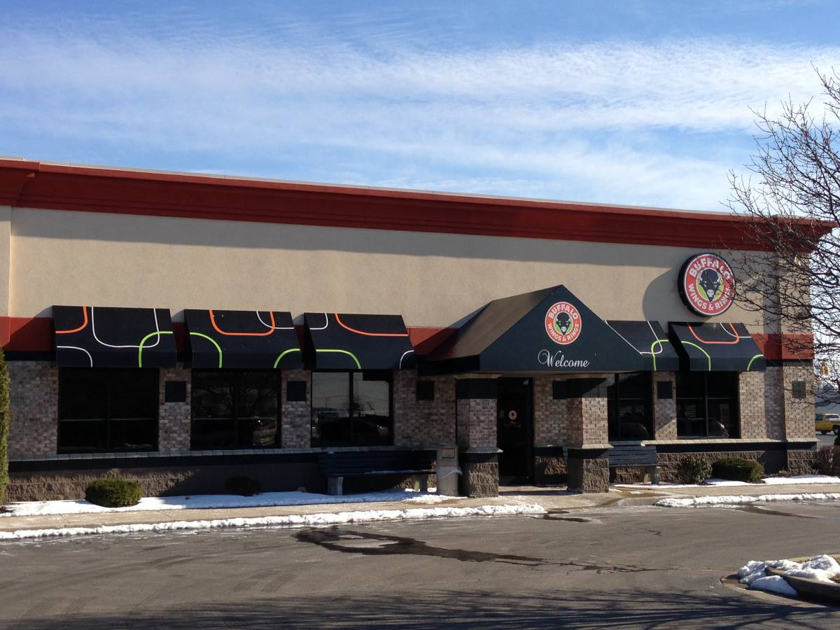 Buffalo Wings Restaurant Awnings Canopies Gsc 1000 Series
